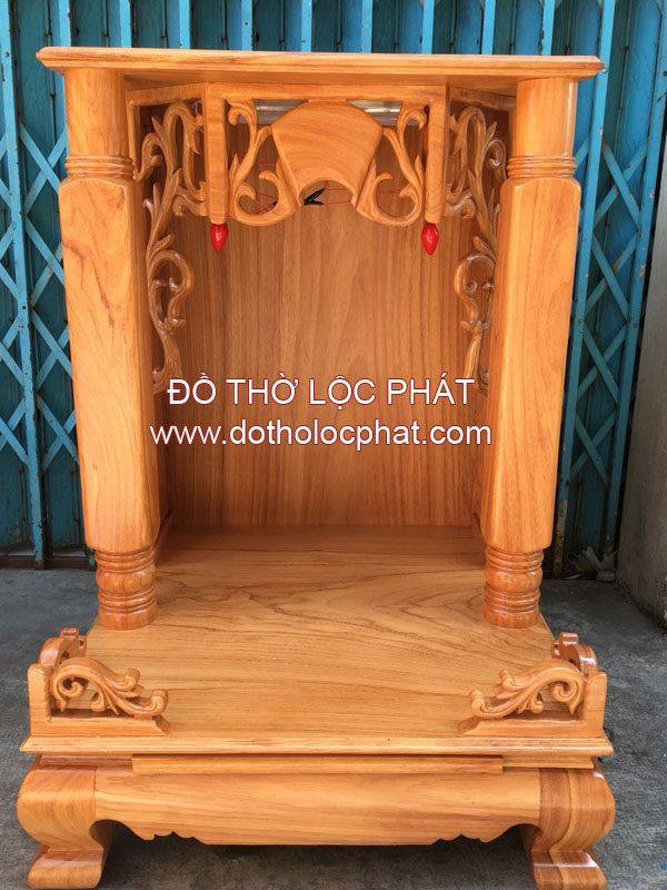 thiết kế đơn giản làm nổi bật độ vững trãi của mẫu bàn thờ ông địa thần tài đẹp tại xưởng Lộc Phát
