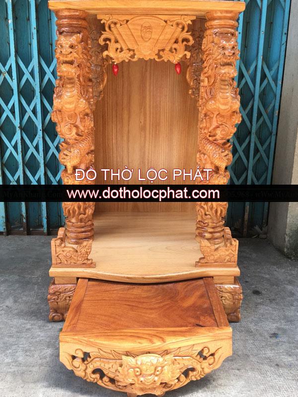 hình ảnh mẫu bàn thờ ông địa thần tài đẹp - cột rồng trên siêu đẹp