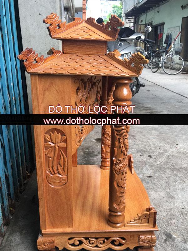 4 mẫu bàn thờ thần tài ông địa mái chùa cho khách lựa chọn. Bao giá bao đẹp