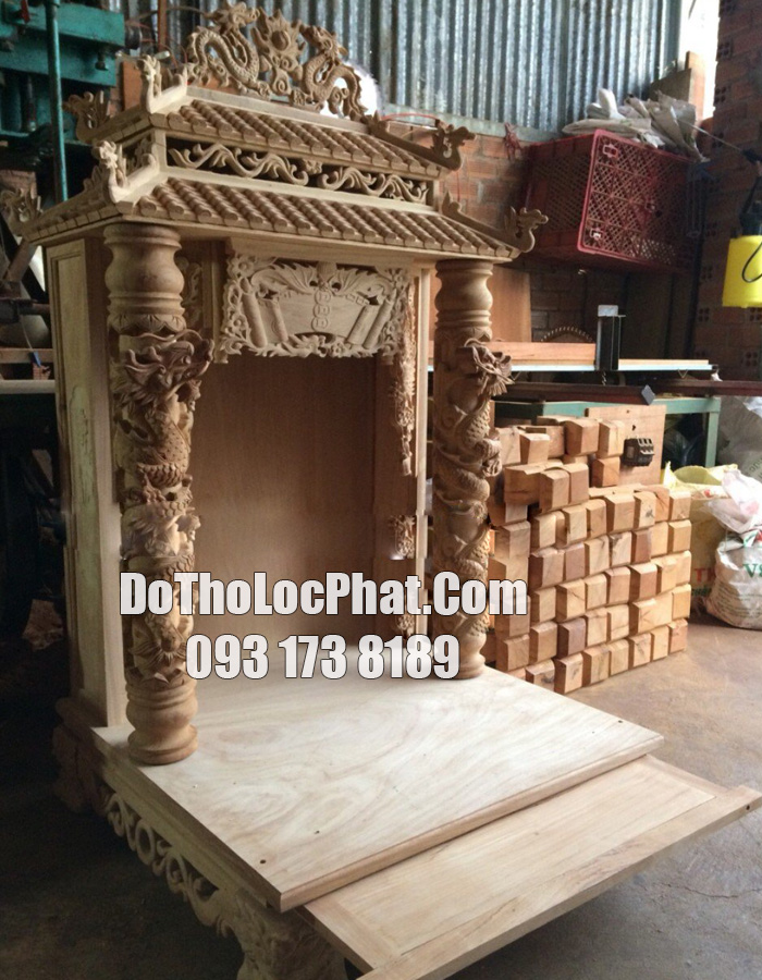 mẫu bàn thờ thần tài mái ngói mái chùa đẹp nhất