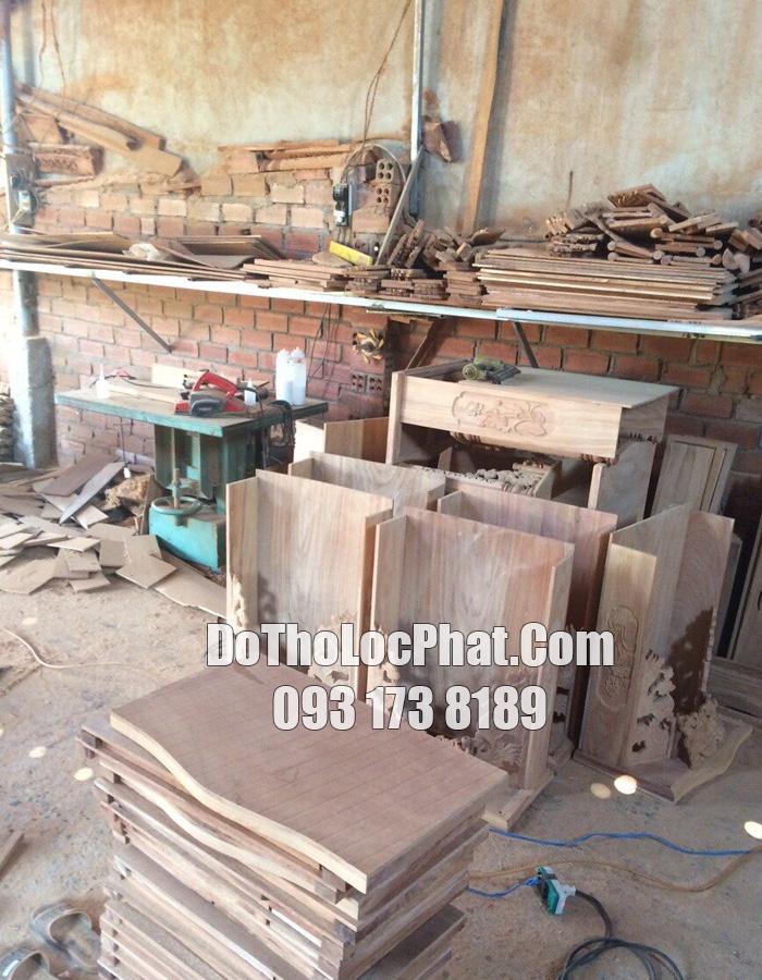 mua bàn thờ thần tài ở đâu tại HCM - đến ngay xưởng Lộc Phát