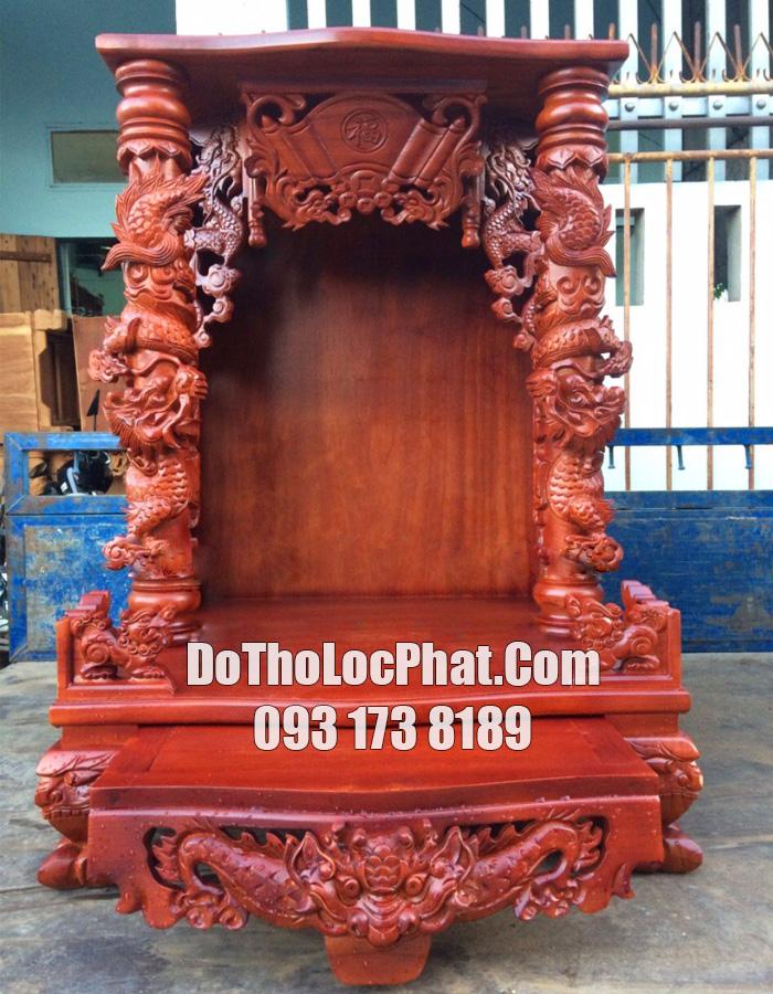 mẫu bàn thờ ông địa thần tài đẹp bằng gỗ gõ màu đậm