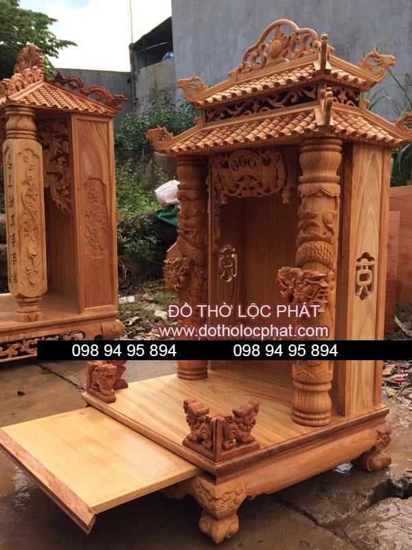 lên mộc bàn thờ mái chùa đẹp. Đang phơi lót bàn thờ thần tài đẹp tại xưởng Lộc Phát