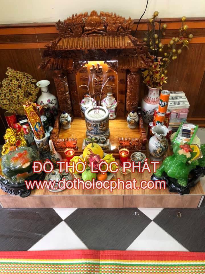 hình ảnh bàn thờ ông địa thần tài đẹp nhất - mẫu bàn thờ mái ngói đẹp
