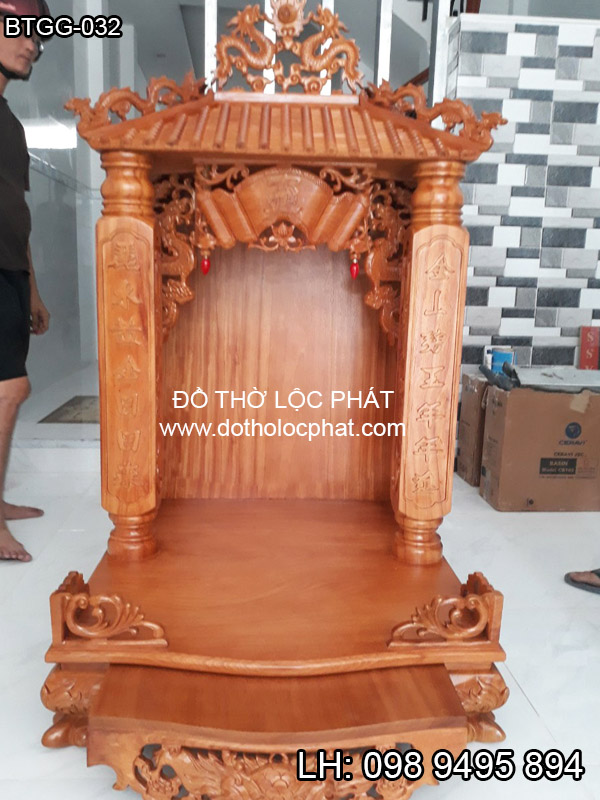 mẫu bàn thờ thần tài mái chùa đẹp cho căn hộ chung cư hiện đại
