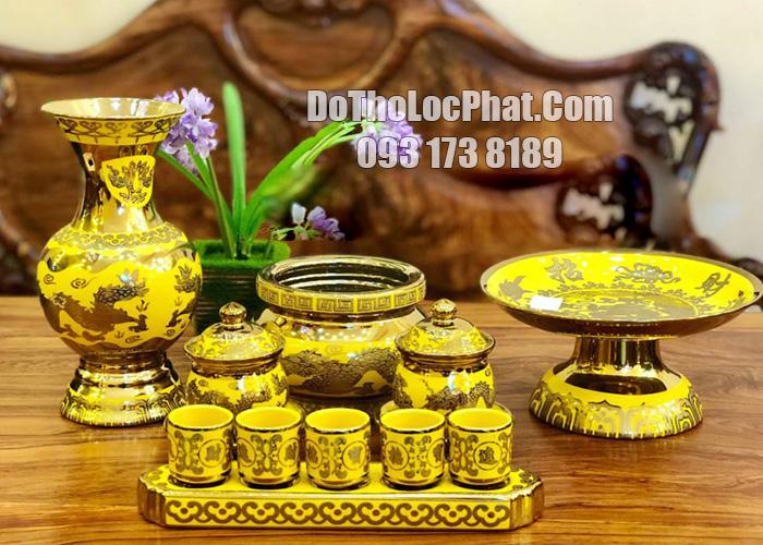 bộ đồ thờ bằng sứ in nổi họa tiết 3 D màu vàng đẹp nhất