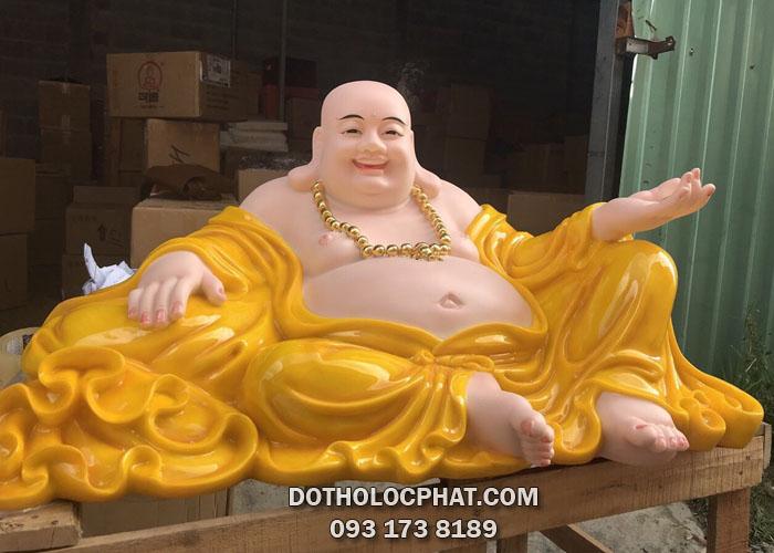 tượng phật di lặc bằng bột đá vàng hổ phách lớn
