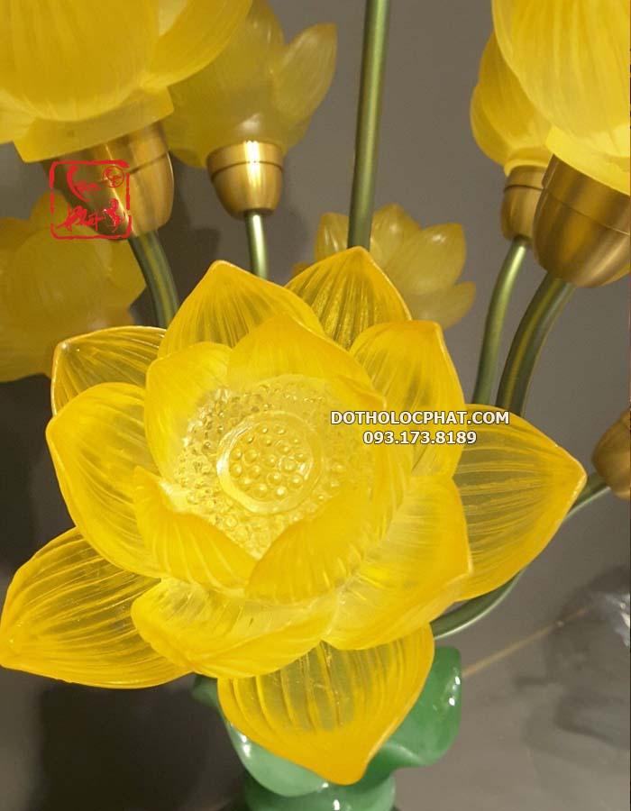 đèn bình ngọc trang trí bàn thờ phật đẹp