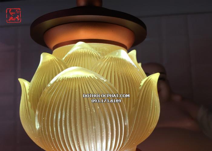 đèn trang trí bàn thờ phật đẹp nhất hcm