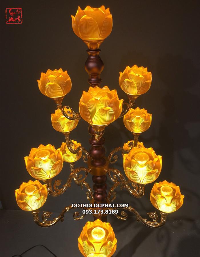 ở đâu bán đèn thờ cúng đẹp nhất