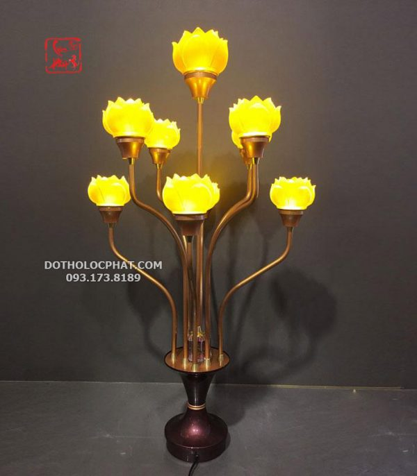đèn thủy lưu ly 9 bông hoa sen đẹp để trang trí bàn thờ Phật
