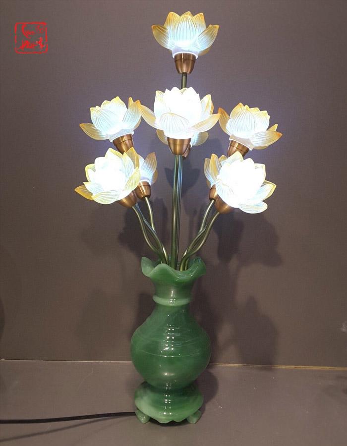 mẫu đèn thờ cúng đẹp nhất hcm