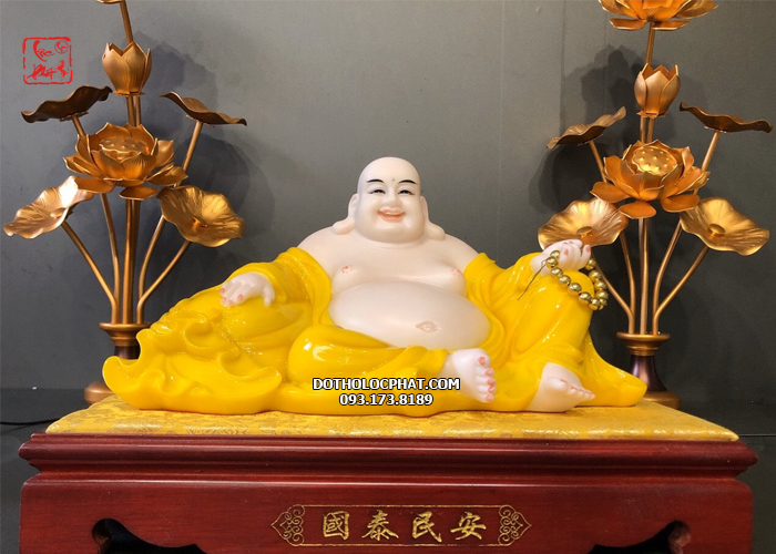 Tượng phật di lăc hổ phách màu vàng đẹp chuẩn