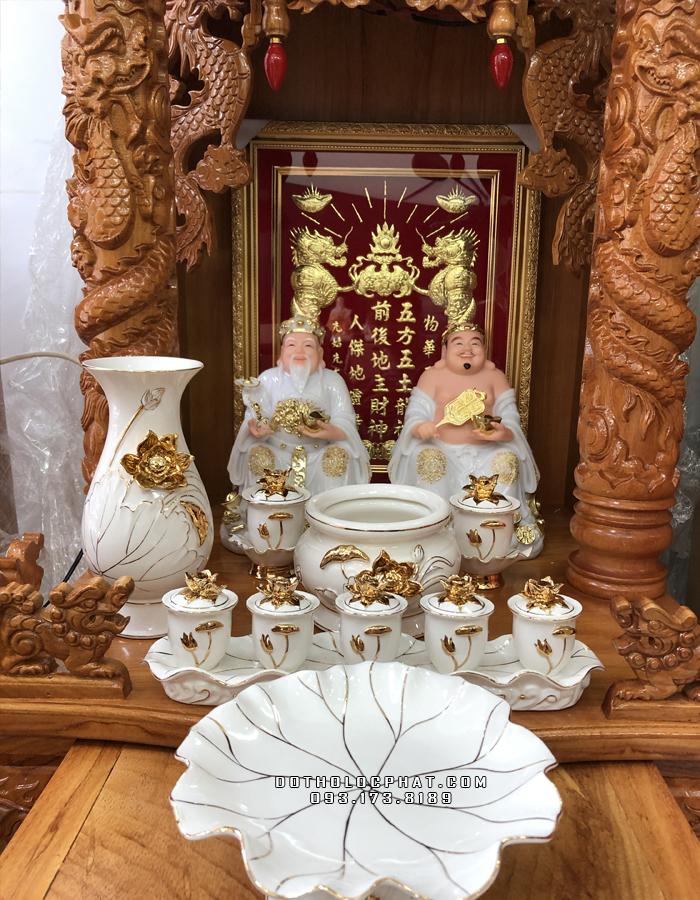 trọn bộ bàn thờ ông địa thần tài bằng đá trắng viền vàng