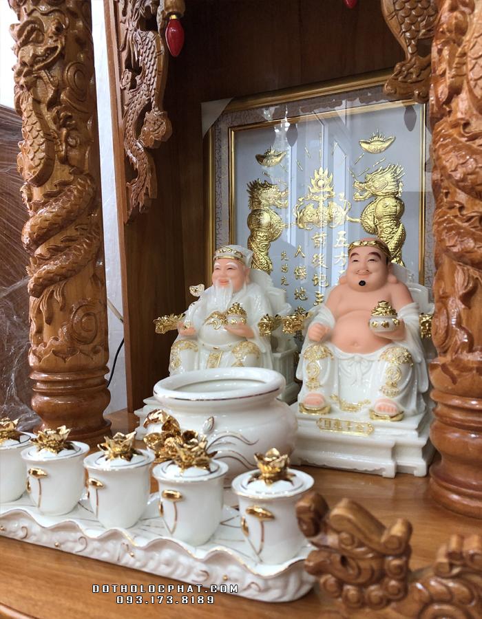 trọn bộ bàn thờ ông địa thần tài trắng viền vàng đẹp