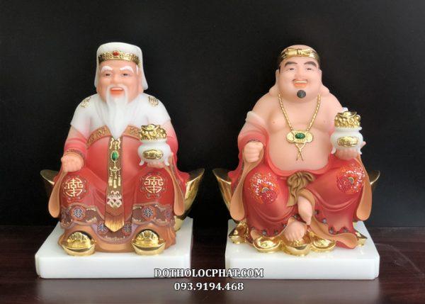 bộ tượng ông địa thần tài bằng đá tay nâng hũ vàng