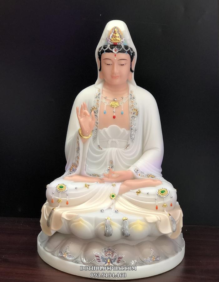 Mỗi tôn tượng của Lộc Phát đều được chạm khắc tinh xảo, tỉ mỉ trau chuốt trong từng đường nét chi tiết