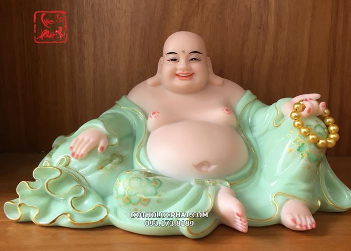 Phật Di Lặc thường được thờ với mong muốn xua tan buồn phiền, mang đến bình an, may, mắn, thịnh vượng, tài lộc dồi dào