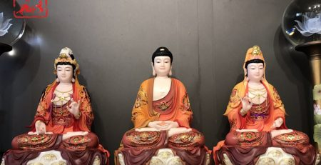 Tây Phương Tam Thánh là bộ tôn tượng gồm Đức Phật A Di Đà, Quan Thế Âm Bồ tát và Đại Thế Chí Bồ tát