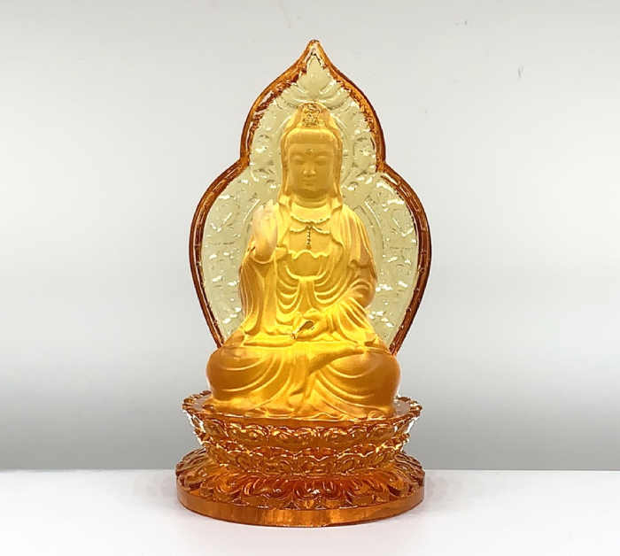 Tượng Phật Quan Âm lưu ly vàng sau lưng có lá bồ đề