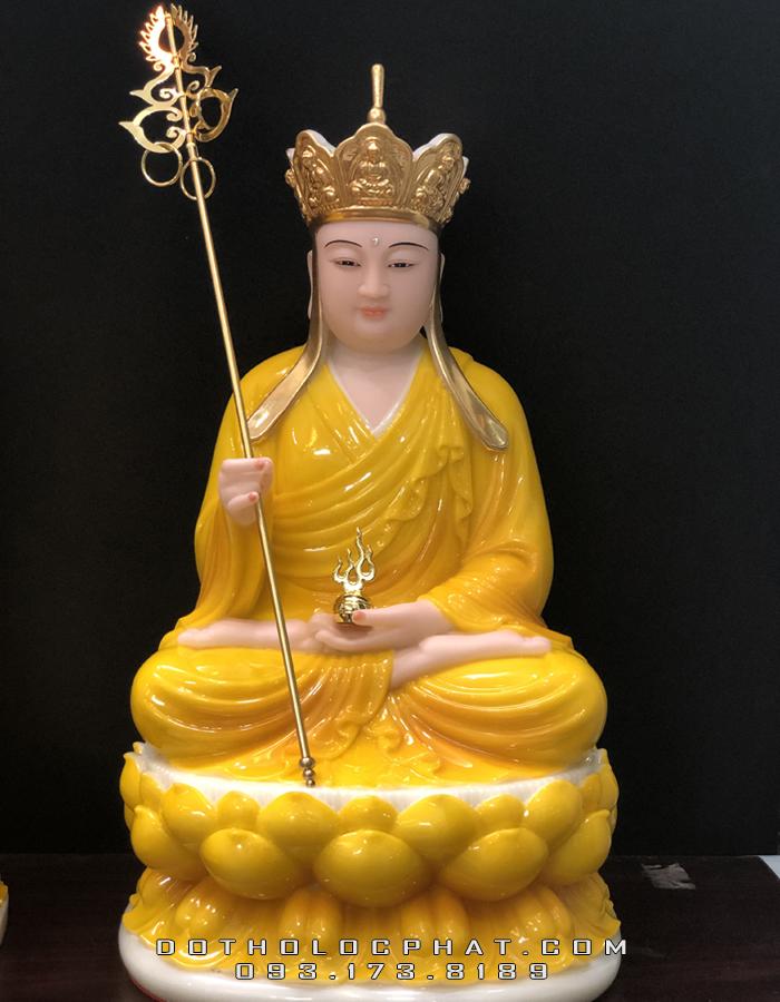 tượng địa tạng vương bồ tát bằng đá hổ phách đế sen đẹp